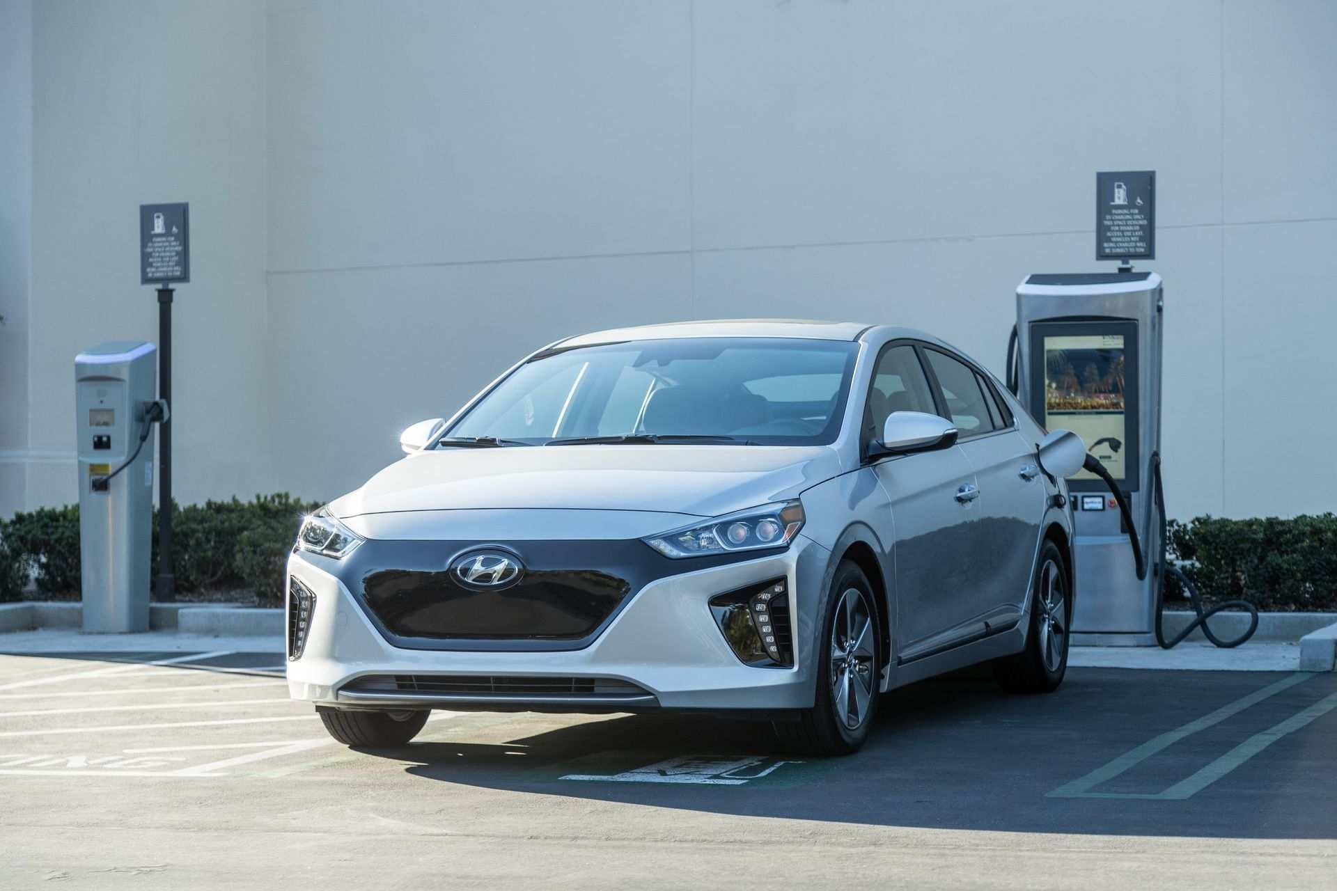 98 The 2019 Hyundai Ioniq Electric Ratings for 2019 Hyundai Ioniq Electric