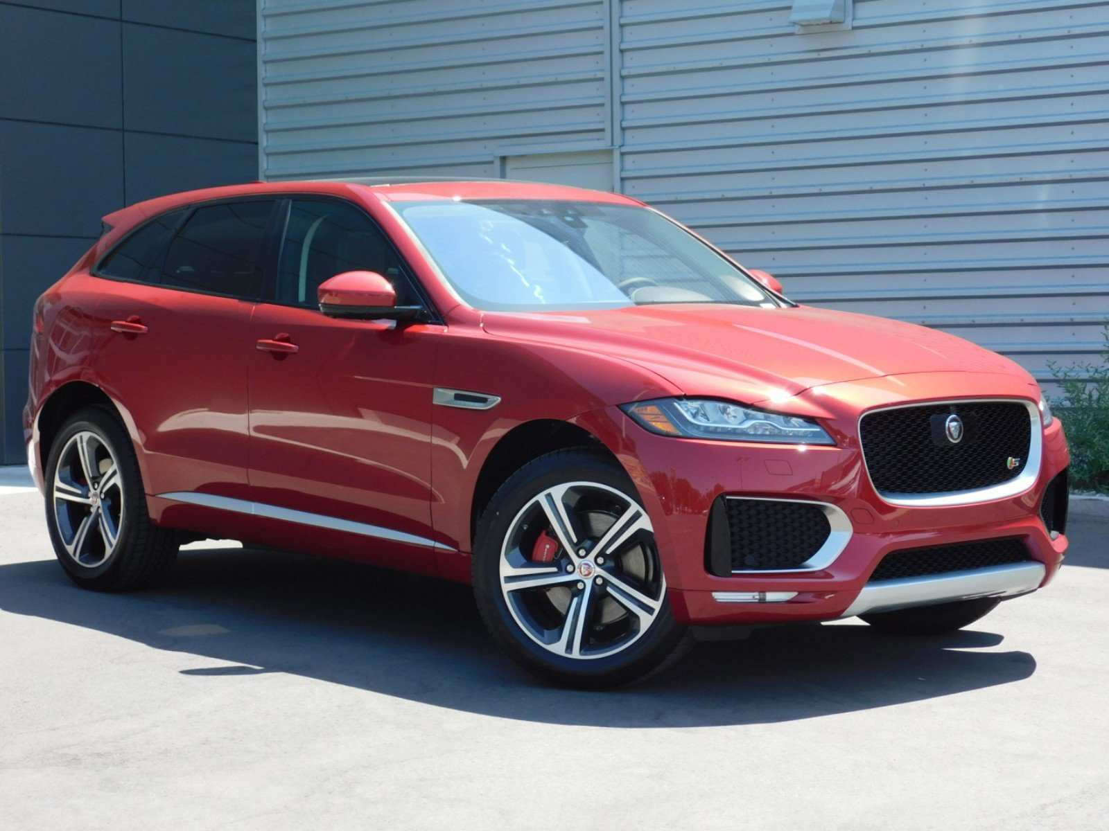 12 Gallery of Jaguar Suv 2019 Concept with Jaguar Suv 2019