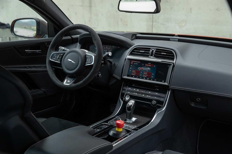 18 Gallery of Jaguar Xe 2019 Interior Interior by Jaguar Xe 2019 Interior