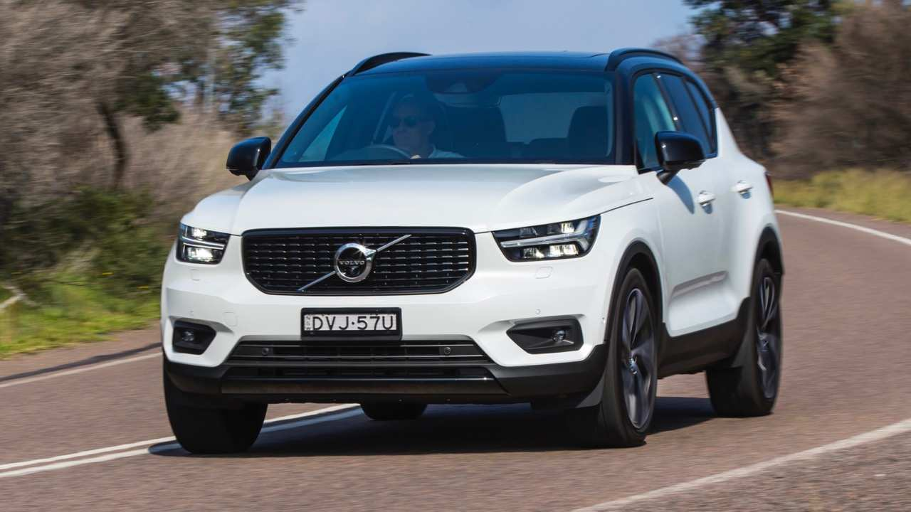 21 The 2019 Volvo Xc40 T5 R Design Concept by 2019 Volvo Xc40 T5 R Design