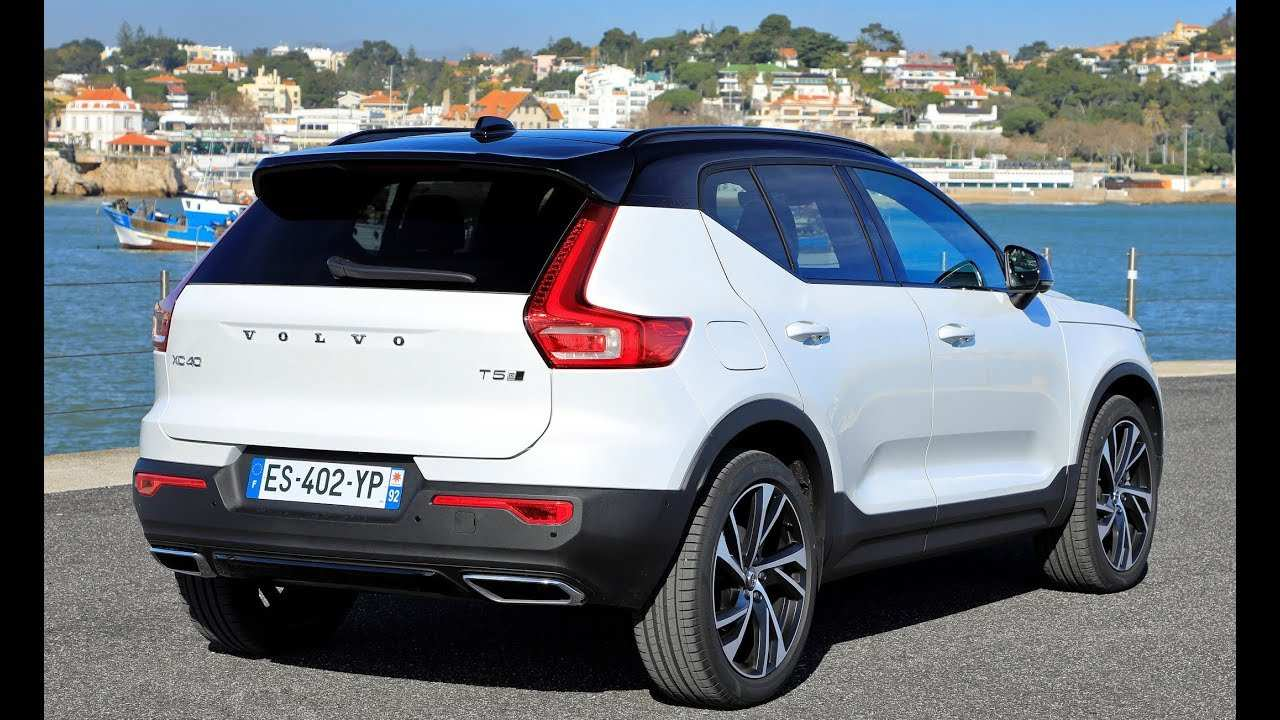 25 The 2019 Volvo Xc40 T5 R Design New Review for 2019 Volvo Xc40 T5 R Design