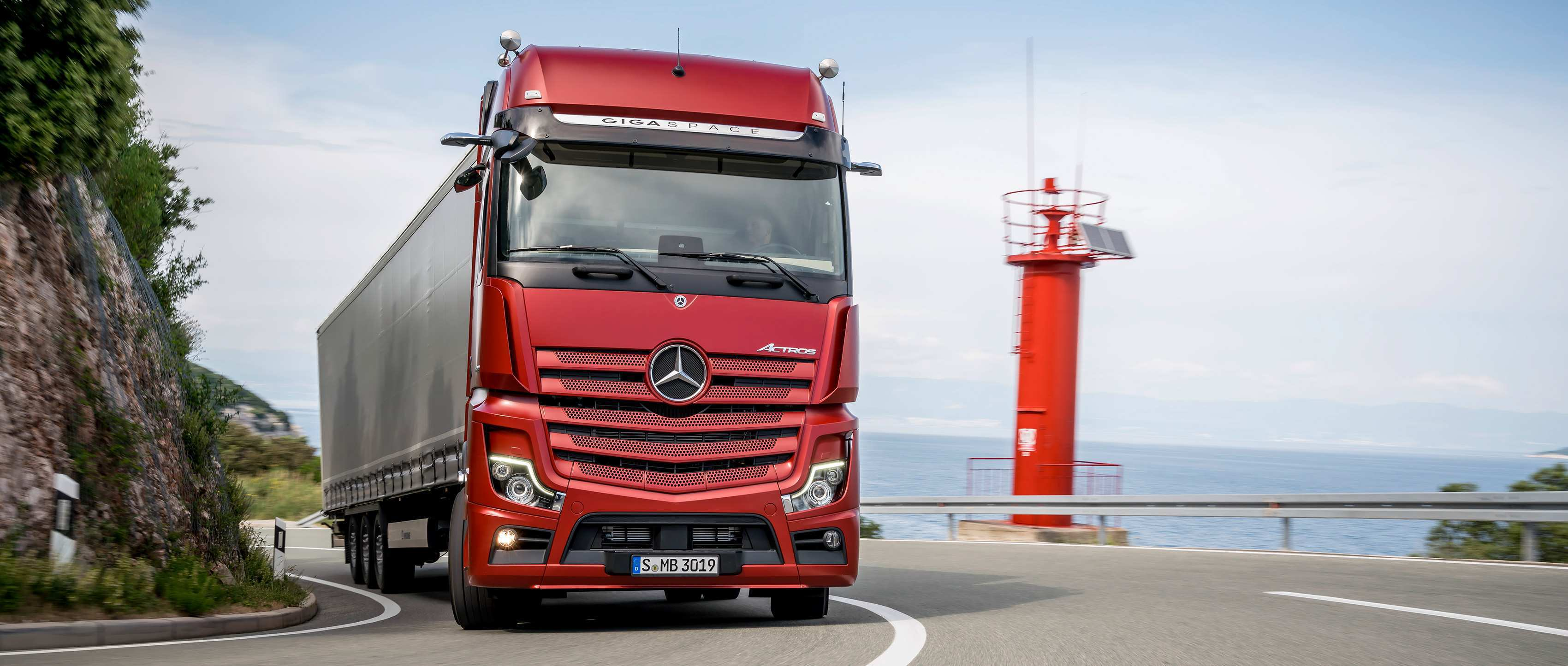 52 All New Mercedes Truck 2019 Interior with Mercedes Truck 2019