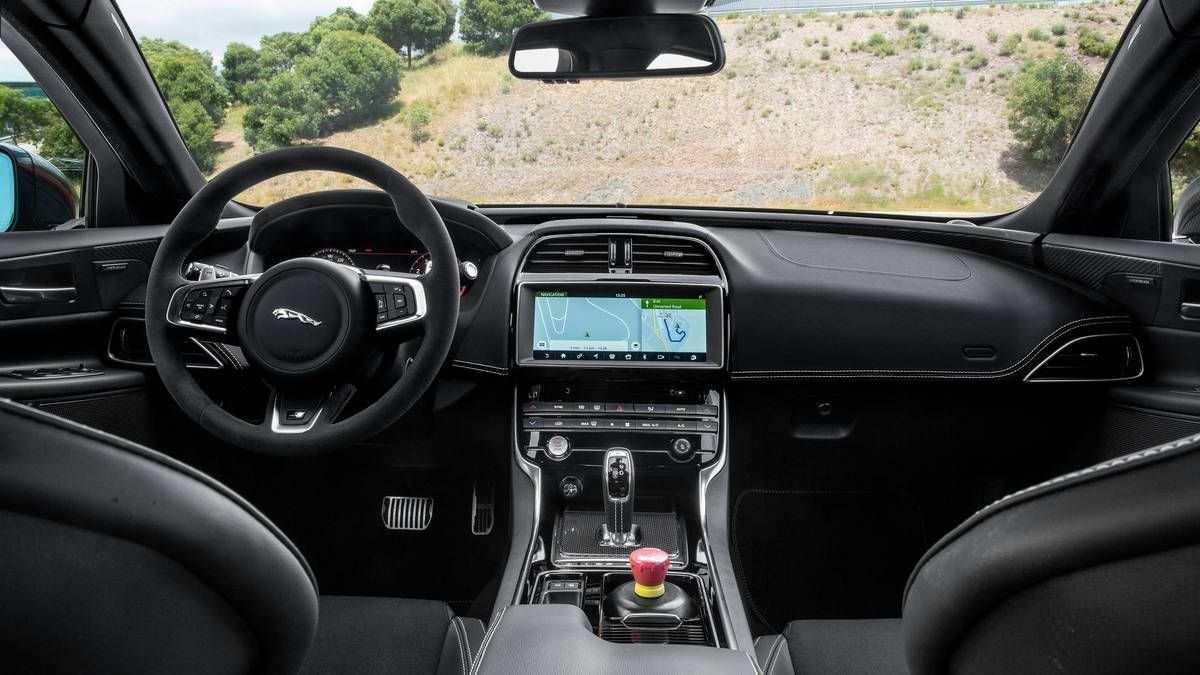 67 The Jaguar Xe 2019 Interior Reviews for Jaguar Xe 2019 Interior