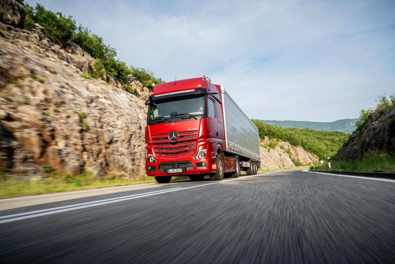 80 All New Mercedes Truck 2019 Exterior and Interior with Mercedes Truck 2019