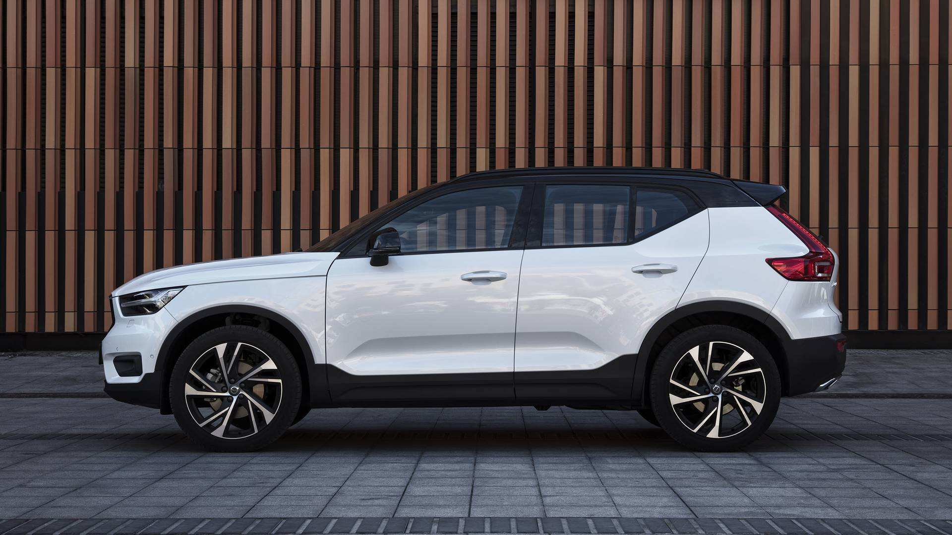 12 Concept of The Volvo Suv 2019 First Drive Price and Review for The Volvo Suv 2019 First Drive