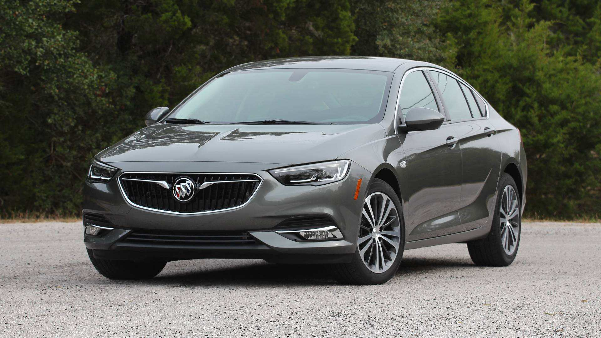 16 The 2019 Buick Regal Avenir First Drive Redesign by 2019 Buick Regal Avenir First Drive