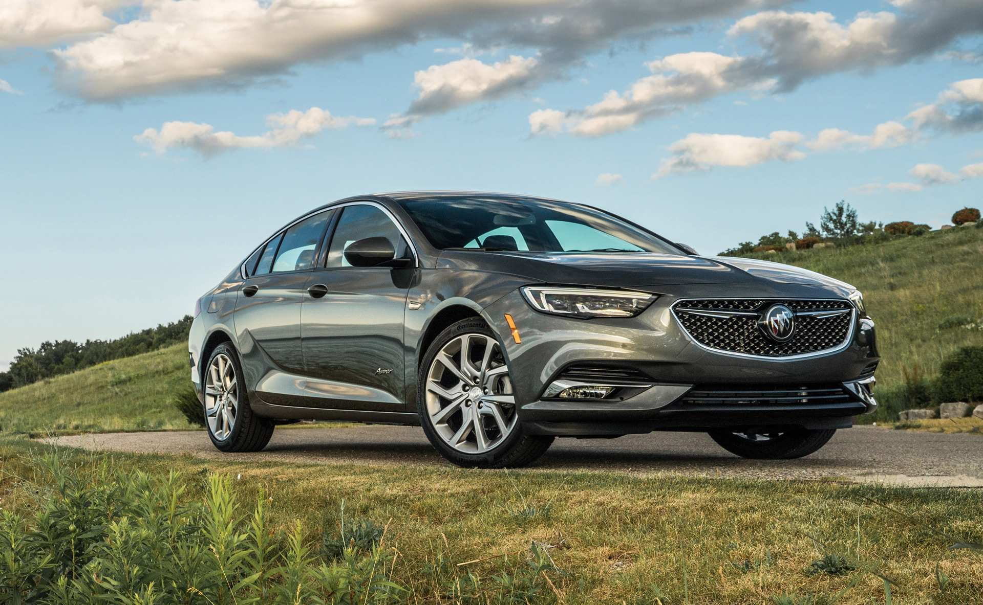20 The 2019 Buick Regal Avenir First Drive New Review with 2019 Buick Regal Avenir First Drive