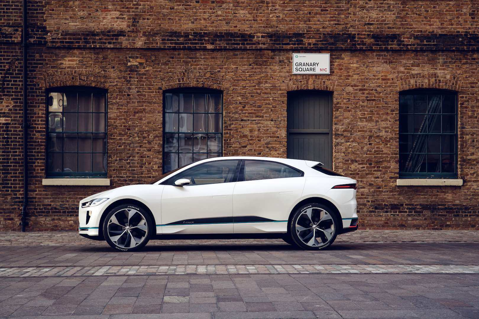 23 New 2019 Jaguar I Pace Review Price with 2019 Jaguar I Pace Review