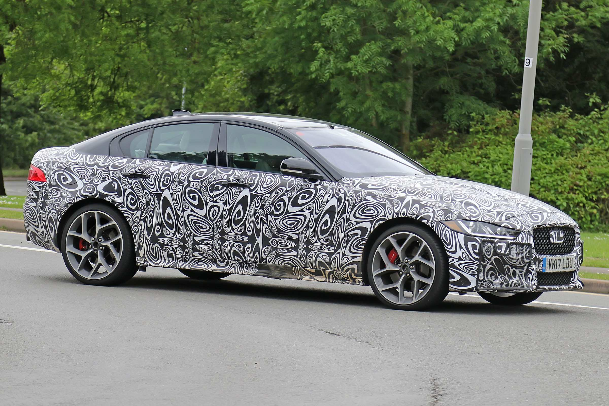 24 New 2019 Jaguar Xe Svr Pictures with 2019 Jaguar Xe Svr