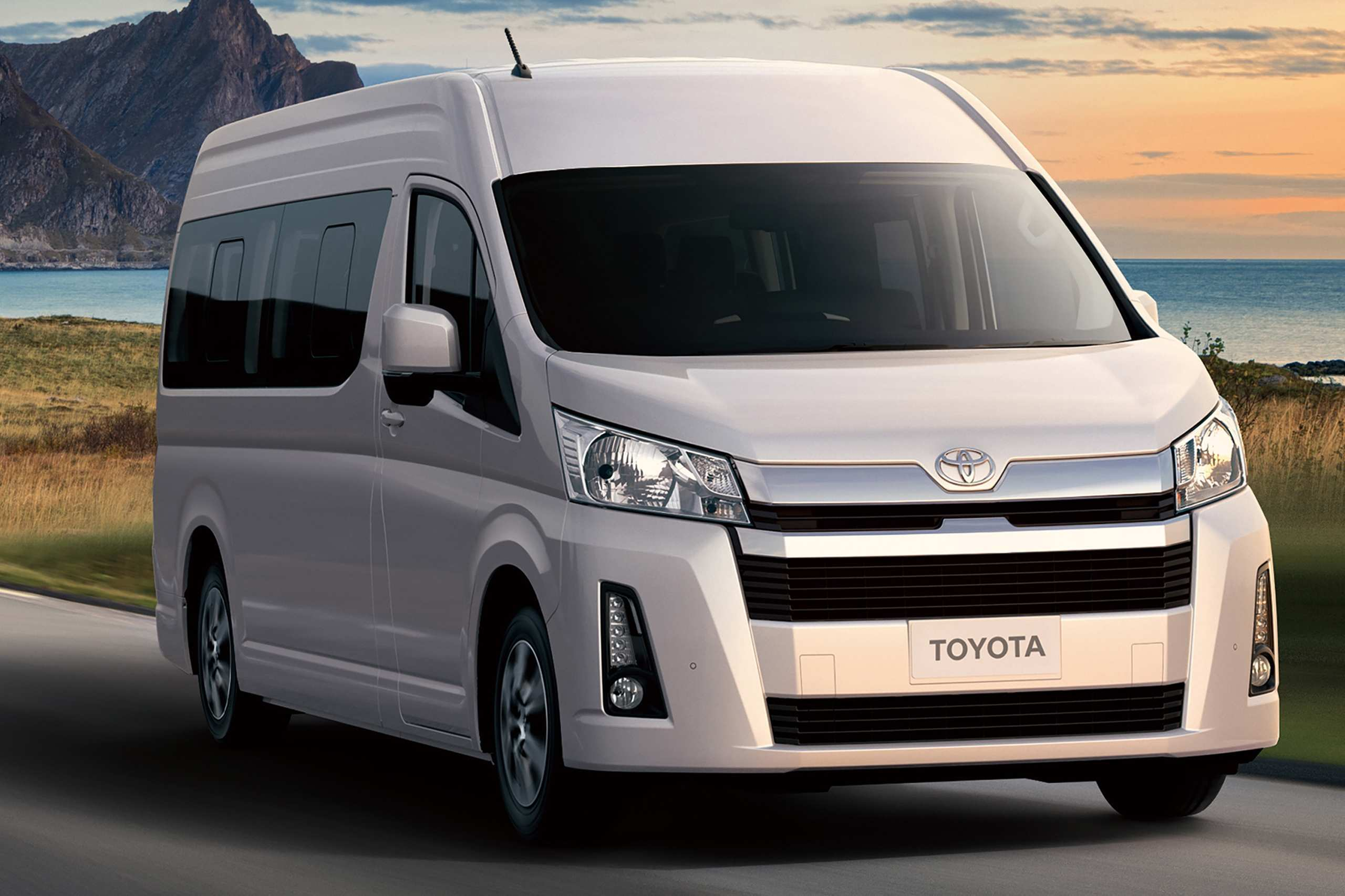 24 New Toyota Hiace 2019 Reviews with Toyota Hiace 2019