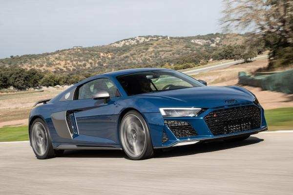 29 New The R8 Audi 2019 Review And Price Pictures by The R8 Audi 2019 Review And Price