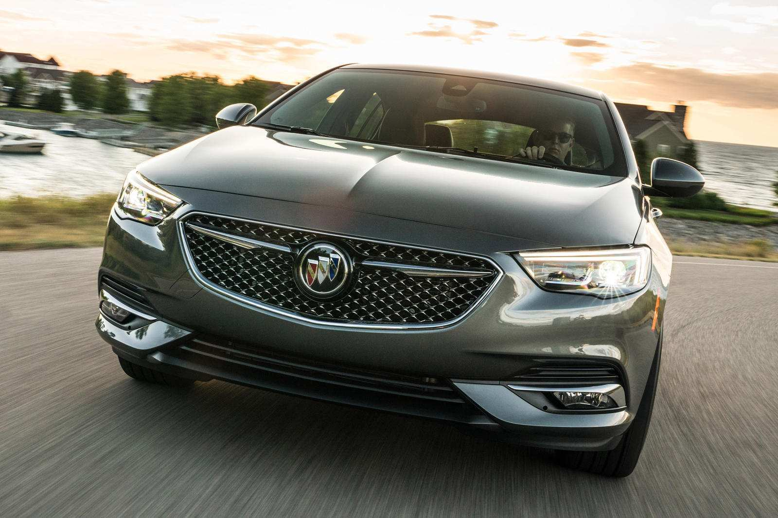 31 Gallery of Buick To Add Regal Sportback Avenir For 2019 Concept Redesign And Review Research New for Buick To Add Regal Sportback Avenir For 2019 Concept Redesign And Review