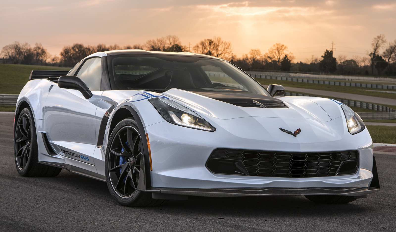 31 Gallery of New 2019 Chevrolet Corvette Grand Sport Review Rumor Exterior and Interior for New 2019 Chevrolet Corvette Grand Sport Review Rumor