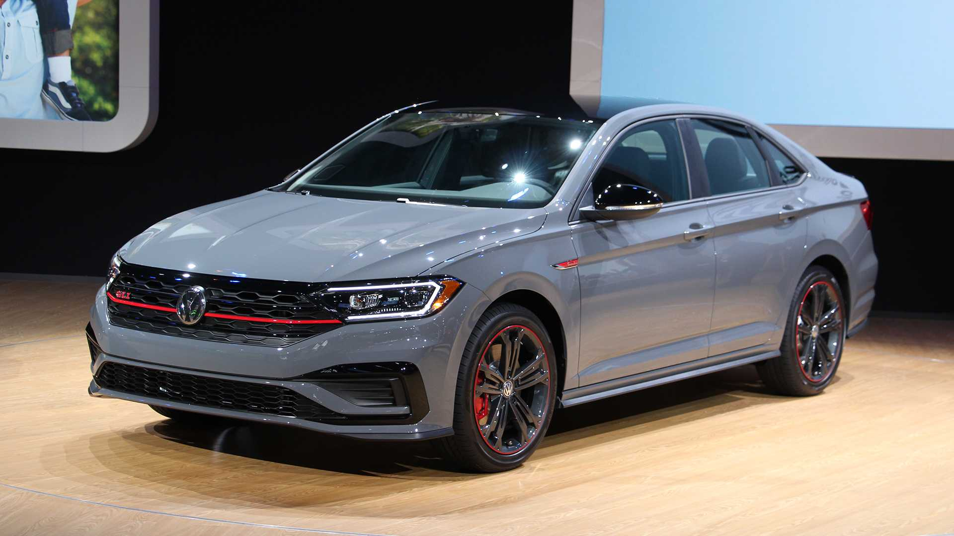 32 Gallery of New Volkswagen Jetta Gli 2019 Redesign And Concept Performance and New Engine with New Volkswagen Jetta Gli 2019 Redesign And Concept