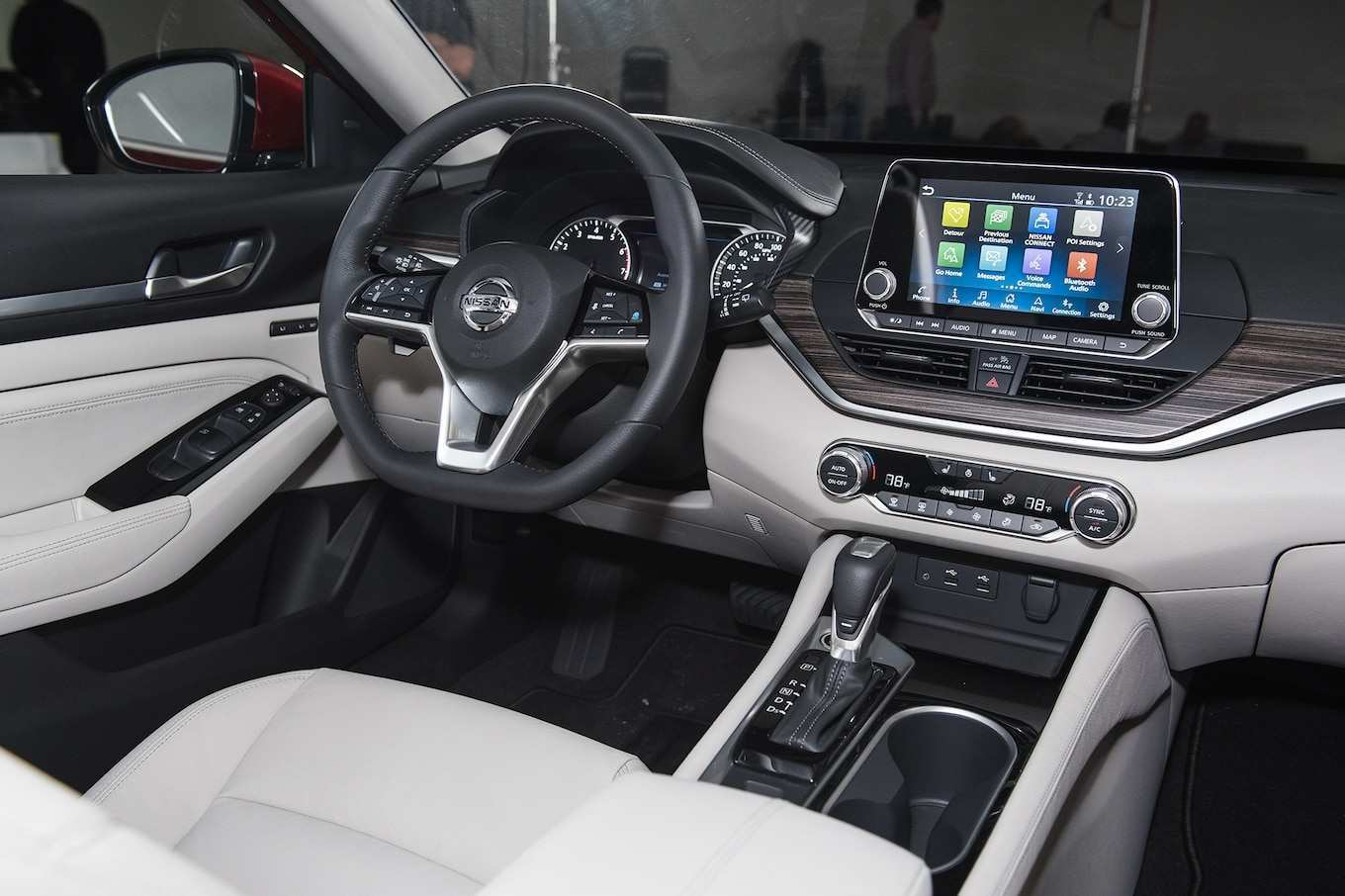32 The Nissan 2019 Interior Configurations with Nissan 2019 Interior