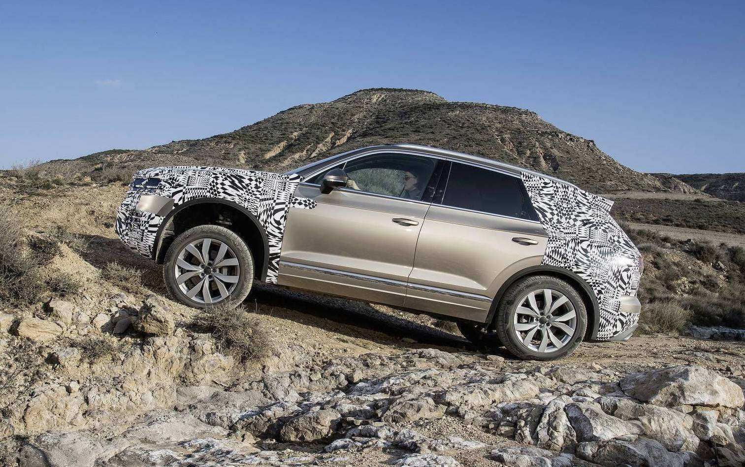34 The Volkswagen Touareg 2019 Off Road Specs Images for Volkswagen Touareg 2019 Off Road Specs