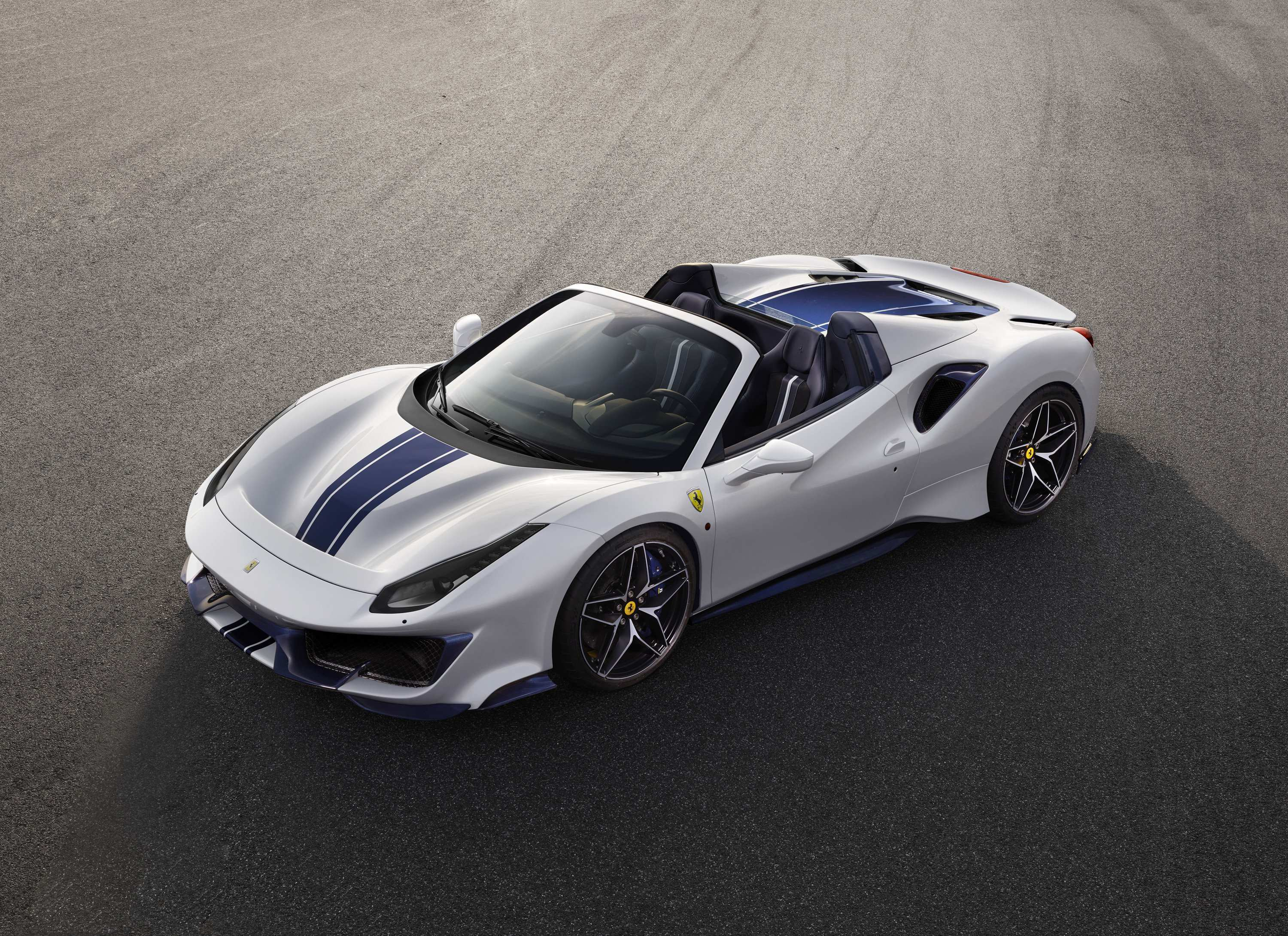 35 Great Best 2019 Ferrari 488 Pista Review Redesign Interior for Best 2019 Ferrari 488 Pista Review Redesign