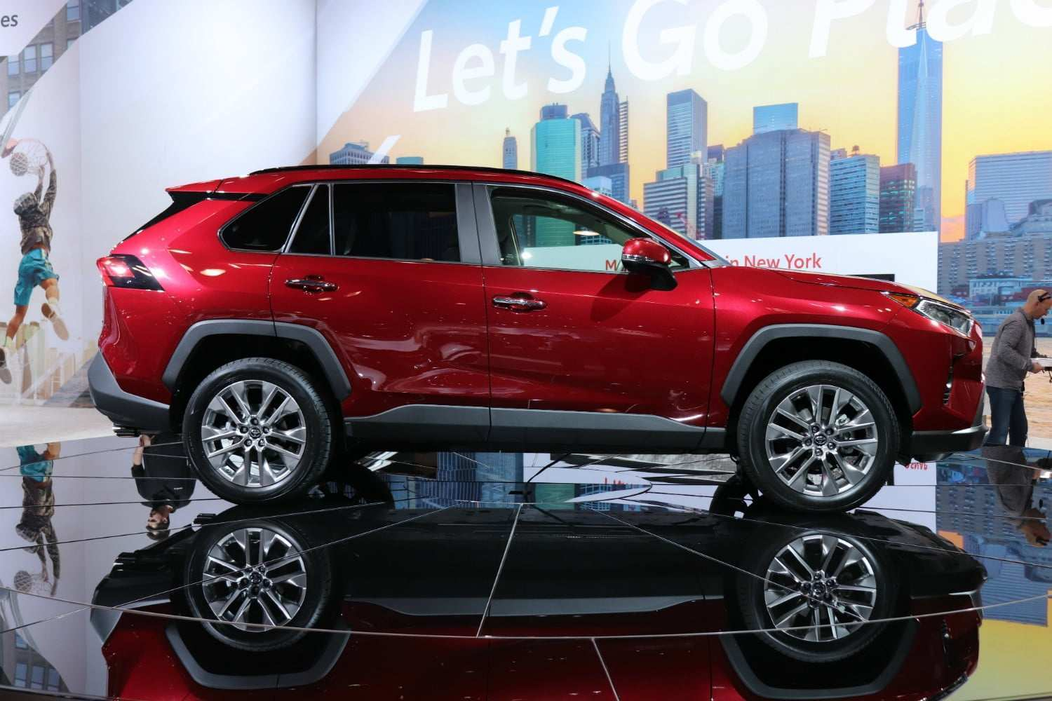 37 New 2019 Toyota Rav4 Specs Picture Release Date And Review First Drive by 2019 Toyota Rav4 Specs Picture Release Date And Review
