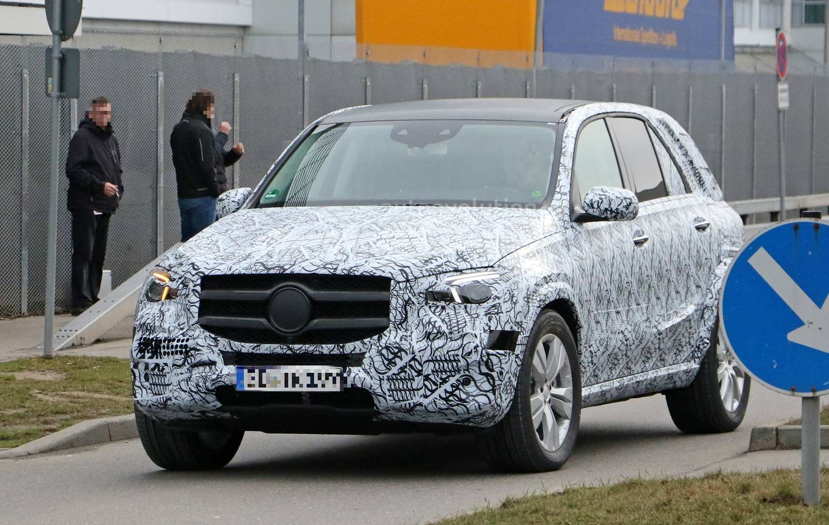 46 Gallery of Gle Mercedes 2019 Spy Shoot Price for Gle Mercedes 2019 Spy Shoot