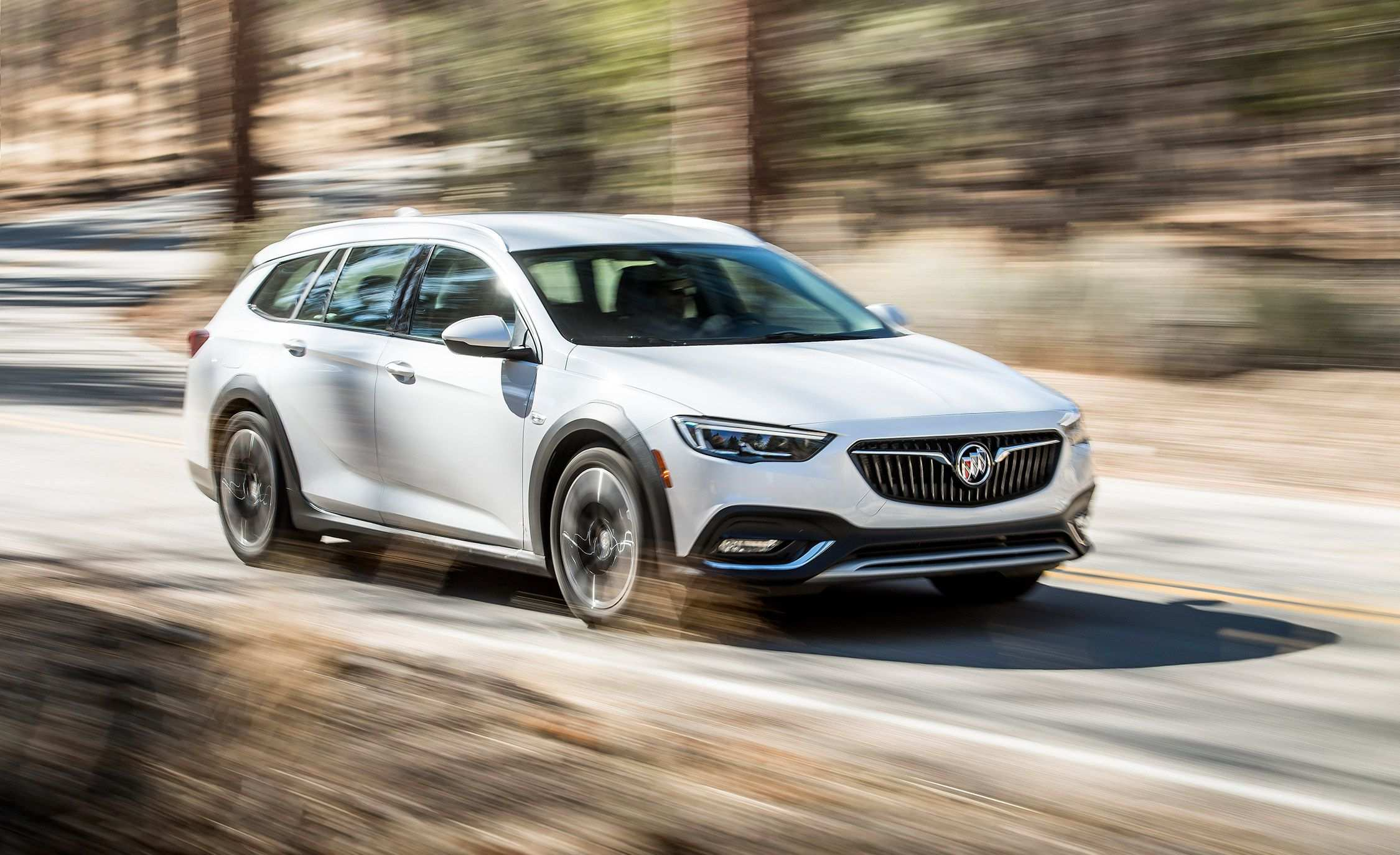 50 The New 2019 Buick Regal Tourx Redesign Engine with New 2019 Buick Regal Tourx Redesign