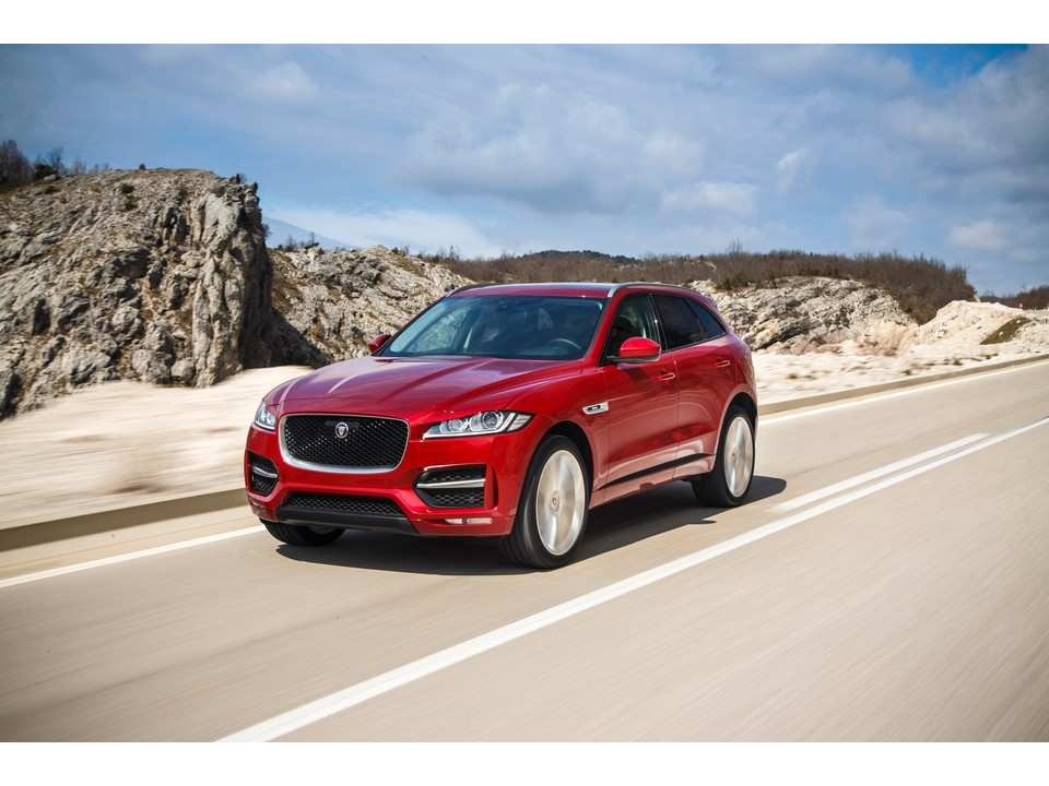 54 Gallery of The 2019 Jaguar F Pace Interior First Drive Release Date for The 2019 Jaguar F Pace Interior First Drive