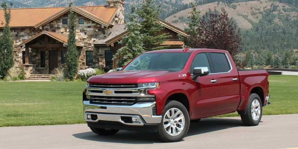 55 Great New 2019 Chevrolet Silverado Aluminum First Drive Overview by New 2019 Chevrolet Silverado Aluminum First Drive