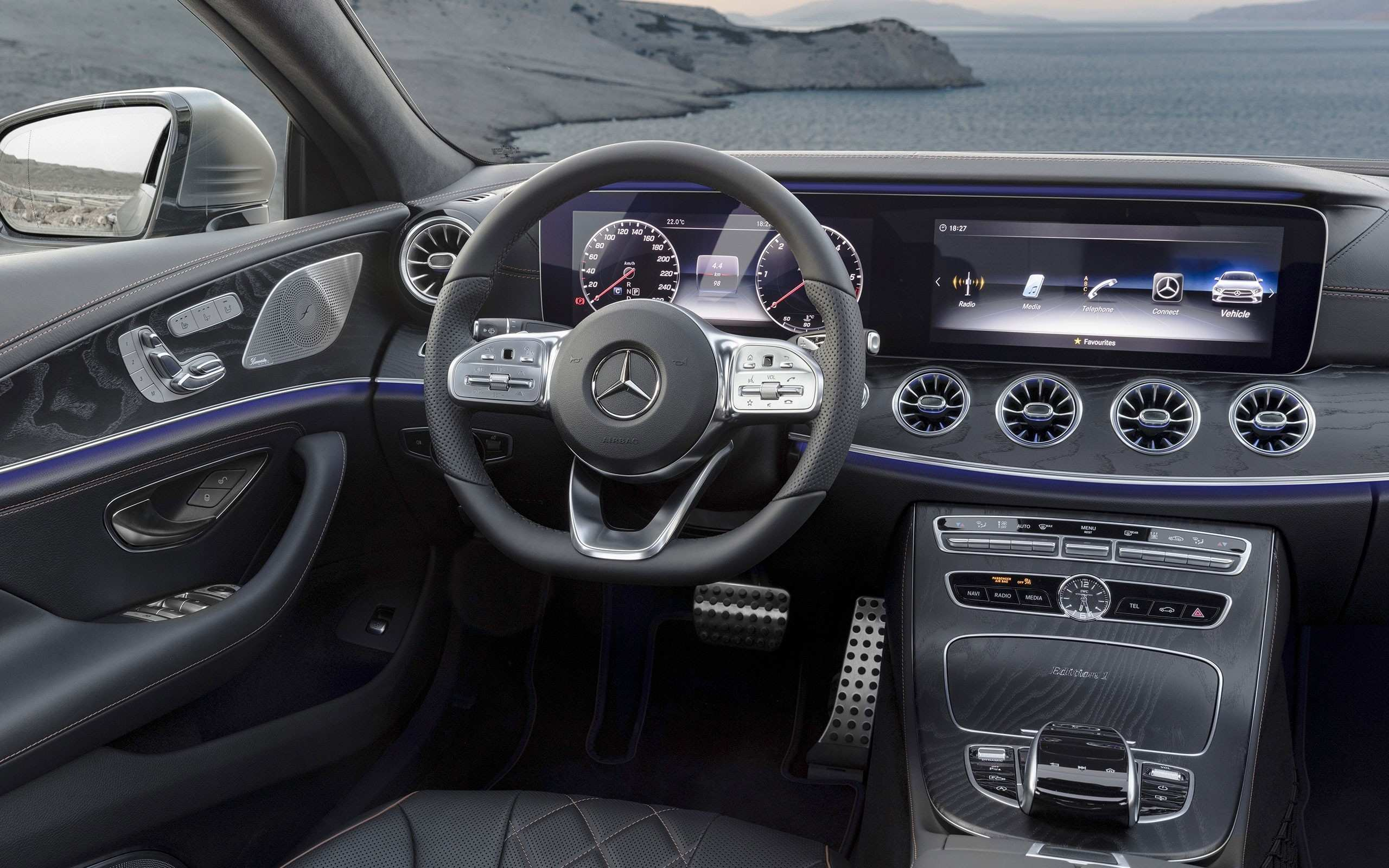 61 All New The Mercedes C 2019 Interior First Drive Price Performance And Review Performance and New Engine with The Mercedes C 2019 Interior First Drive Price Performance And Review