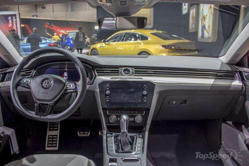 61 New The Volkswagen Passat 2019 Interior Spy Shoot Style for The Volkswagen Passat 2019 Interior Spy Shoot
