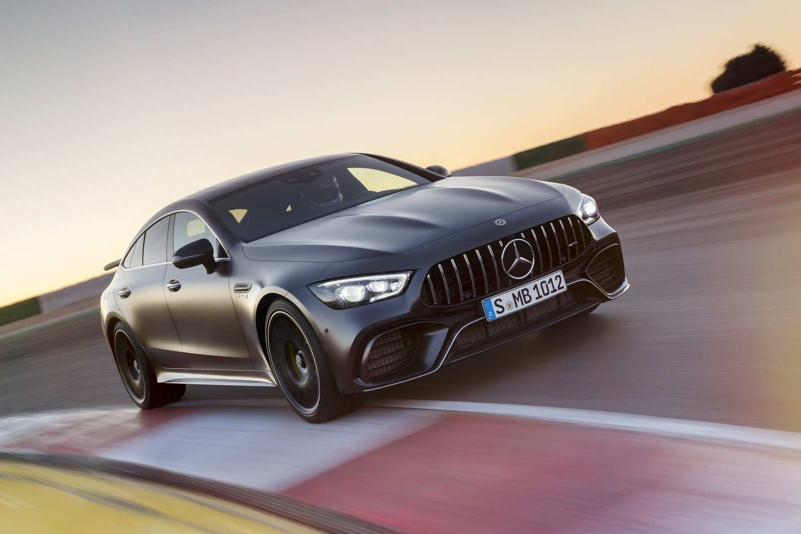 62 The Mercedes 2019 Amg Gt4 Rumors with Mercedes 2019 Amg Gt4