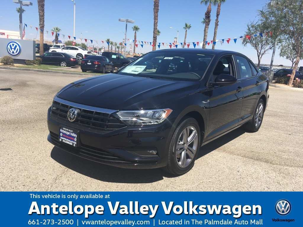 63 Gallery of The 2019 Volkswagen Jetta 1 4T R Line Exterior And Interior Review Performance and New Engine with The 2019 Volkswagen Jetta 1 4T R Line Exterior And Interior Review