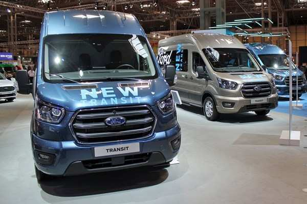 65 All New Ford Transit 2019 Changes Redesign Price And Review Images with Ford Transit 2019 Changes Redesign Price And Review