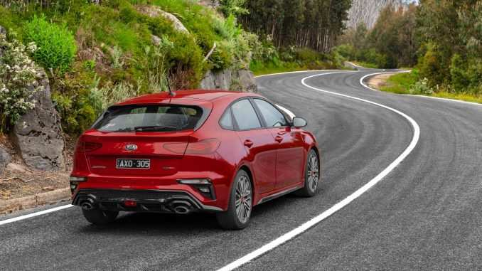 67 Gallery of Kia Cerato Hatch 2019 Review Interior for Kia Cerato Hatch 2019 Review