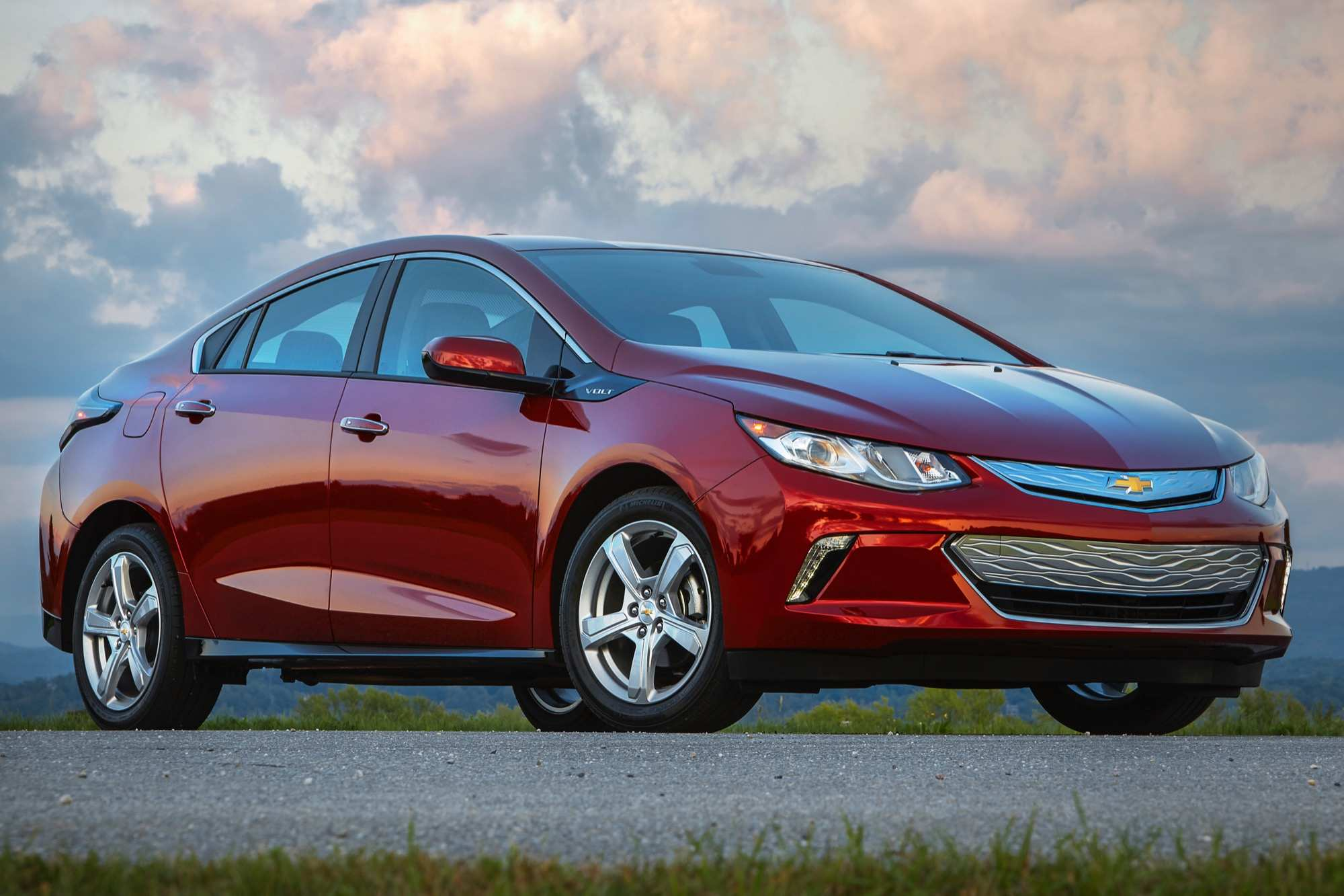 70 New The Chevrolet Volt 2019 Price Overview And Price Photos by The Chevrolet Volt 2019 Price Overview And Price