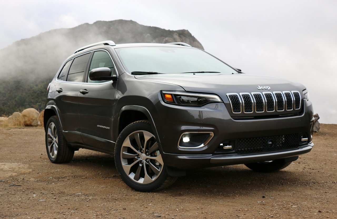 71 Great Jeep Cherokee 2019 Video Interior Exterior And Review Spy Shoot for Jeep Cherokee 2019 Video Interior Exterior And Review