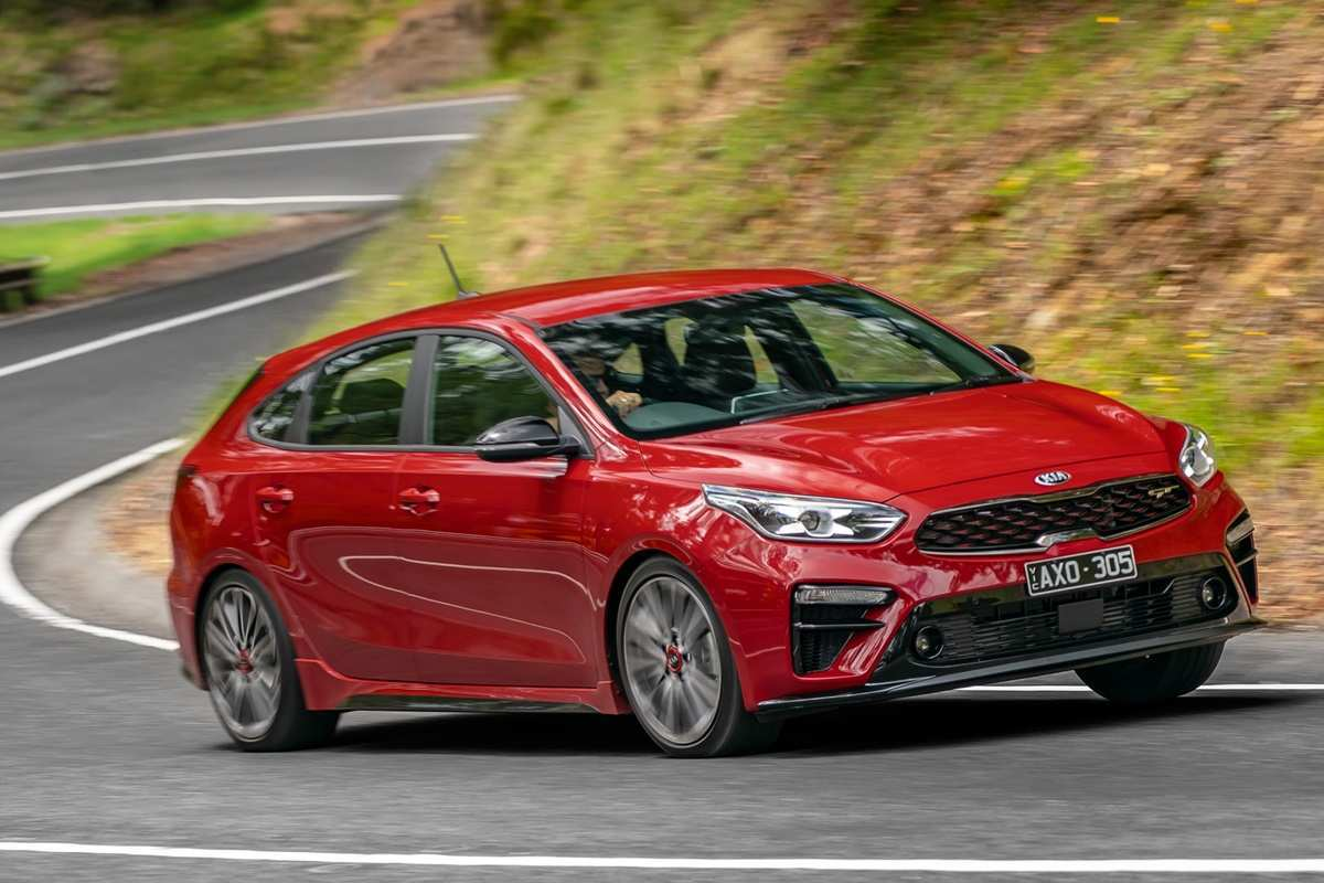 75 Best Review Kia Cerato Hatch 2019 Review Release Date with Kia Cerato Hatch 2019 Review