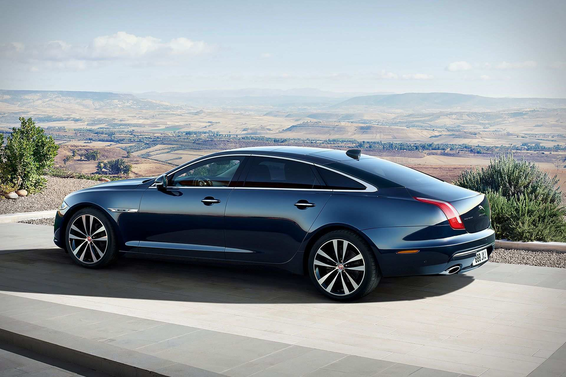 76 Best Review The 2019 Jaguar Xj Autobiography Redesign New Review for The 2019 Jaguar Xj Autobiography Redesign