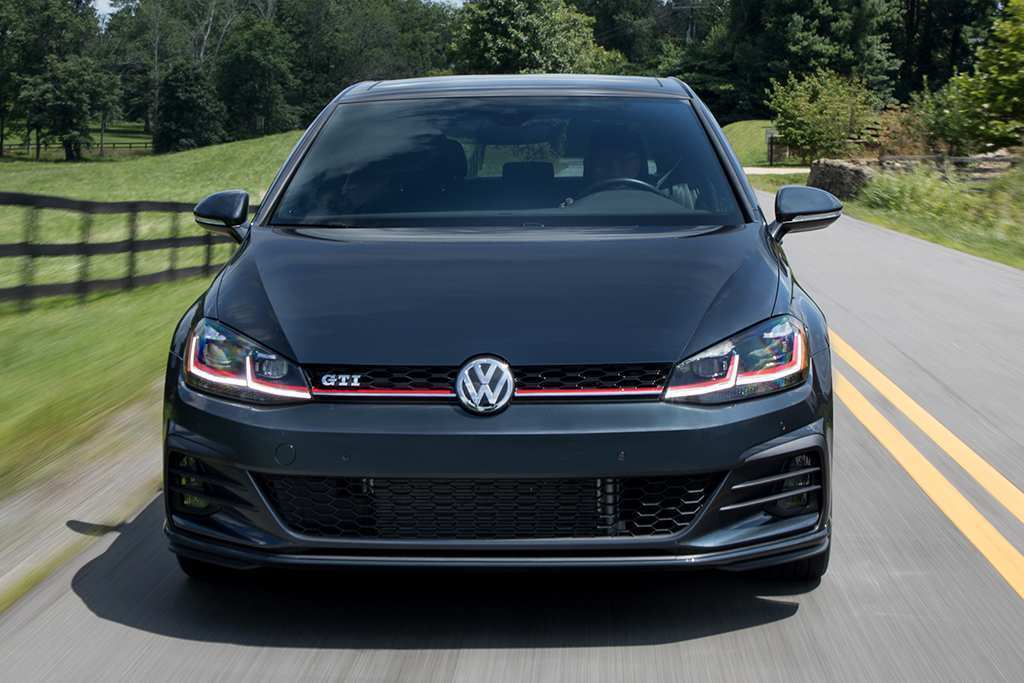 77 New Volkswagen 2019 Golf Gti Redesign Price And Review Price with Volkswagen 2019 Golf Gti Redesign Price And Review