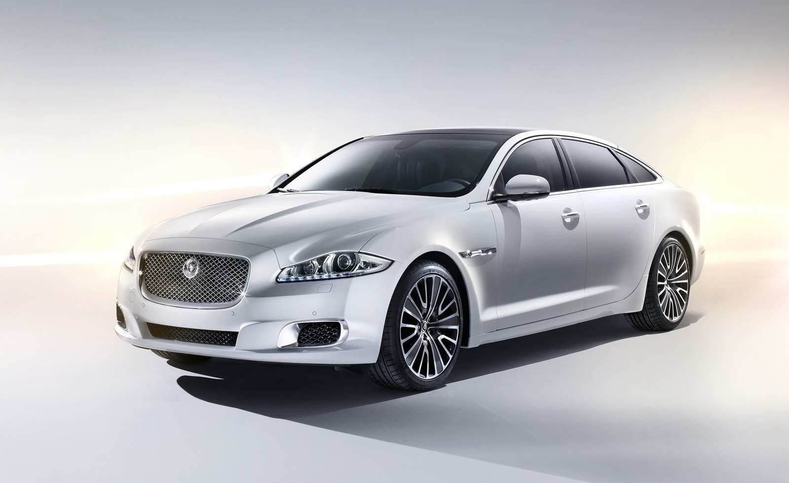 78 All New The 2019 Jaguar Xj Autobiography Redesign Images with The 2019 Jaguar Xj Autobiography Redesign