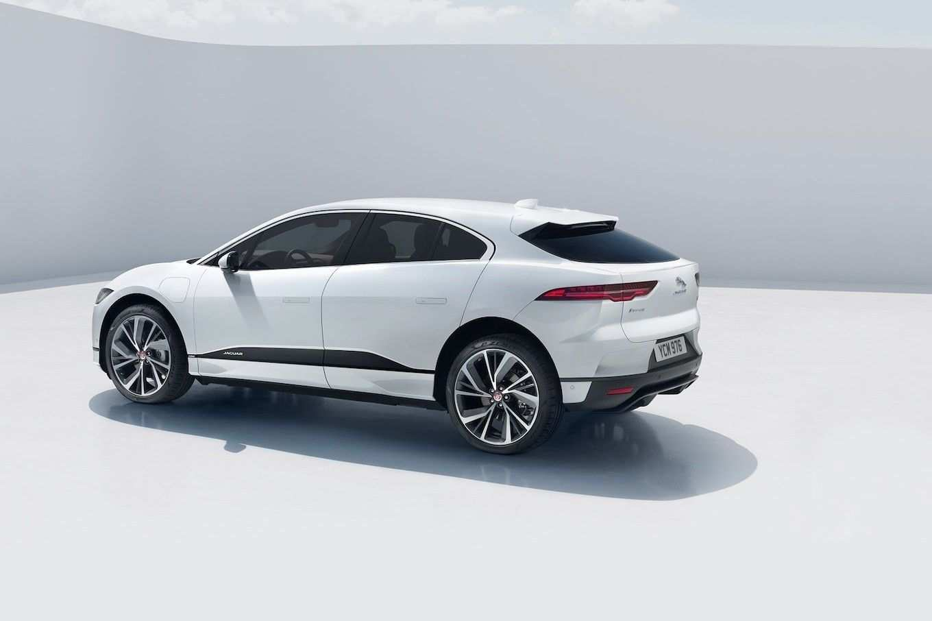 81 New 2019 Jaguar Cost Specs Performance and New Engine with 2019 Jaguar Cost Specs