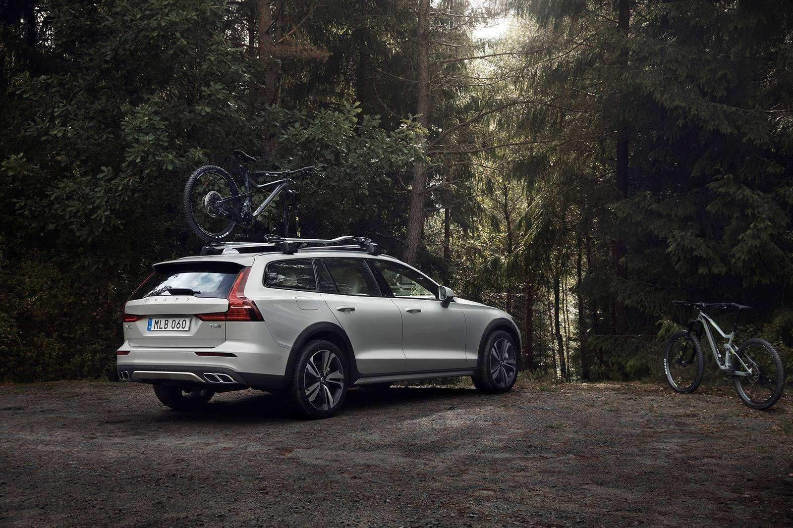 83 New New Volvo V60 2019 Ground Clearance New Engine New Concept by New Volvo V60 2019 Ground Clearance New Engine