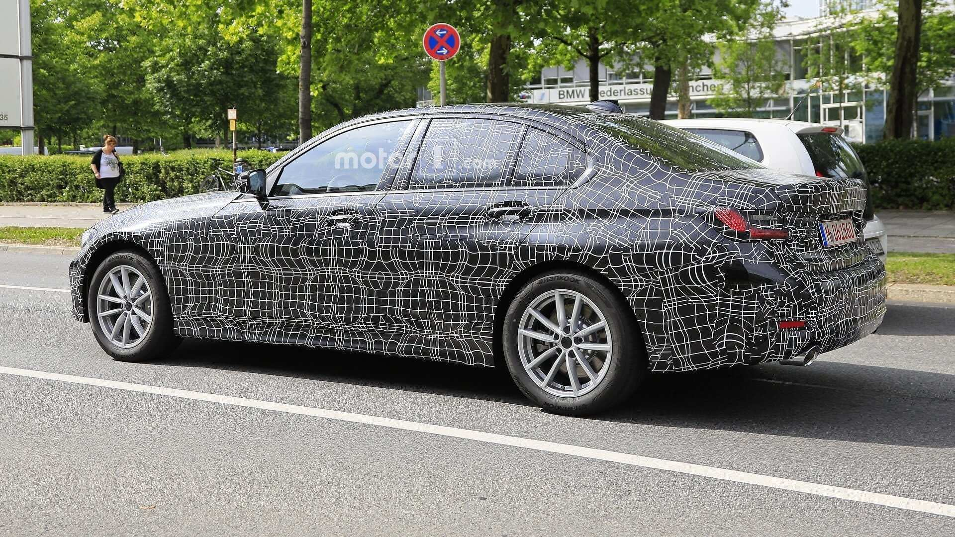85 All New 2019 Bmw 3 Series Electric Spy Shoot Exterior and Interior by 2019 Bmw 3 Series Electric Spy Shoot