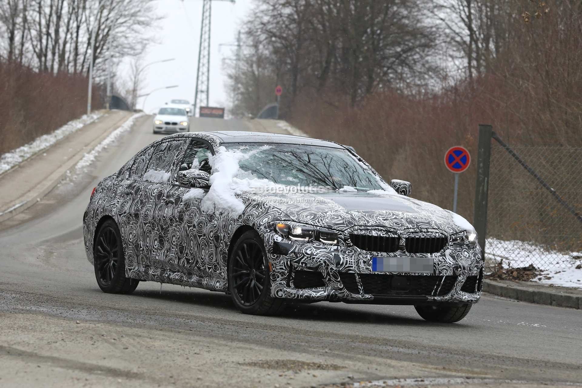 87 New 2019 Bmw 3 Series Electric Spy Shoot Exterior and Interior by 2019 Bmw 3 Series Electric Spy Shoot