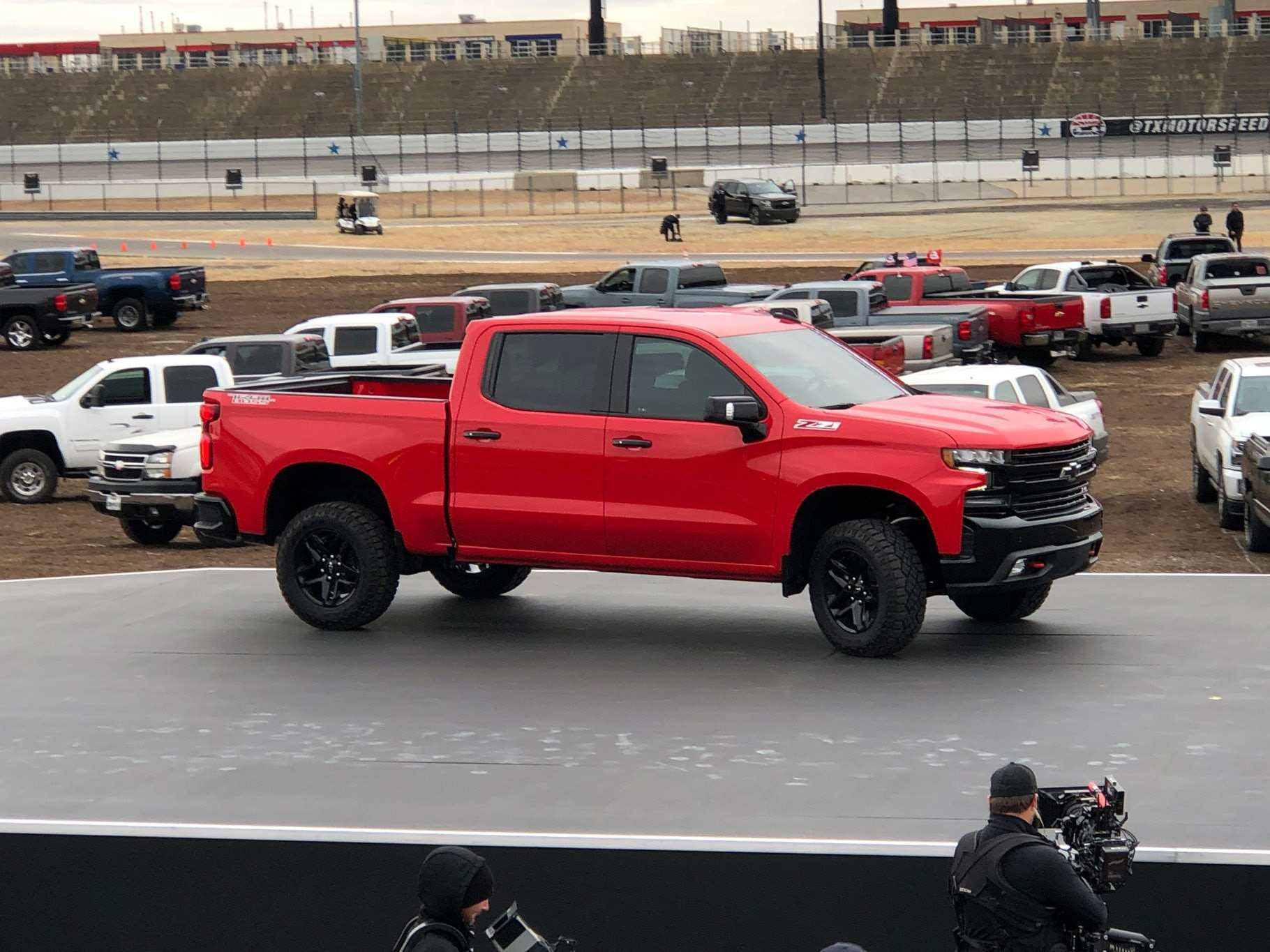 88 All New New 2019 Chevrolet Silverado Work Truck Concept Redesign And Review Exterior and Interior for New 2019 Chevrolet Silverado Work Truck Concept Redesign And Review