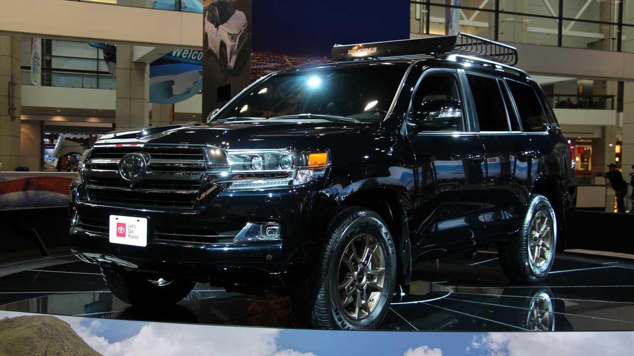 88 Best Review New Toyota Land Cruiser 2019 Rumor Interior by New Toyota Land Cruiser 2019 Rumor