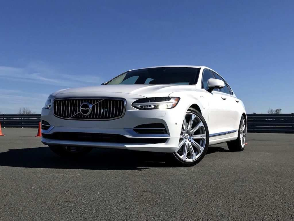 90 Gallery of 2019 Volvo S60 Gas Mileage Spy Shoot Redesign for 2019 Volvo S60 Gas Mileage Spy Shoot