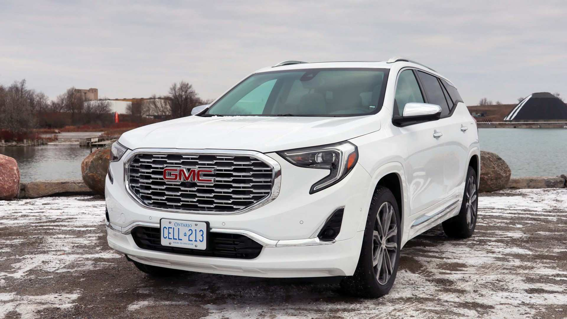 91 Best Review The Gmc Terrain 2019 White Engine Review with The Gmc Terrain 2019 White Engine