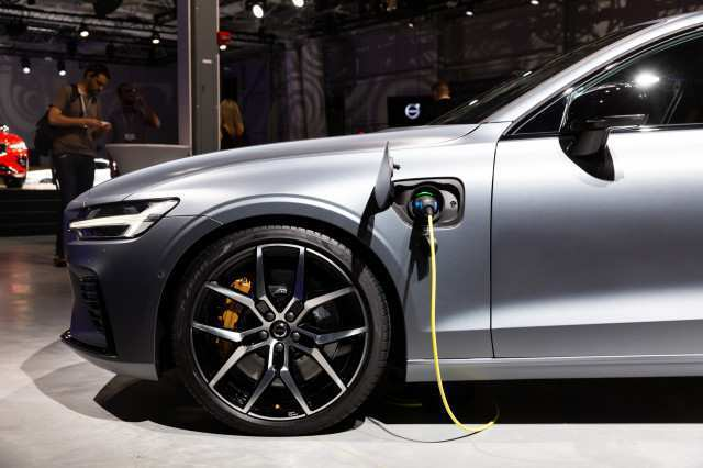 91 Gallery of 2019 Volvo S60 Gas Mileage Spy Shoot Concept for 2019 Volvo S60 Gas Mileage Spy Shoot