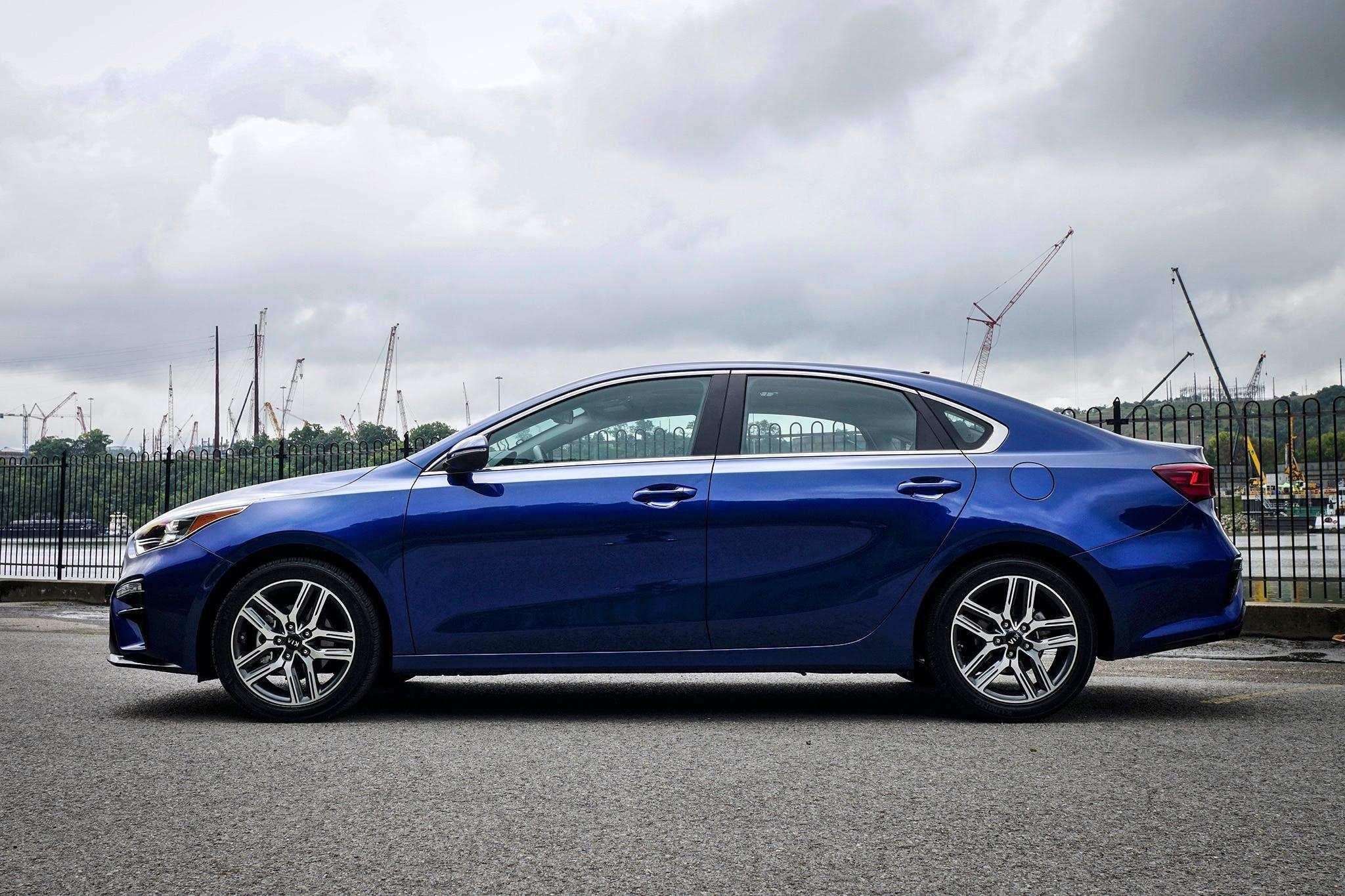 93 New The 2019 Lexus Minivan New Review Spy Shoot for The 2019 Lexus Minivan New Review