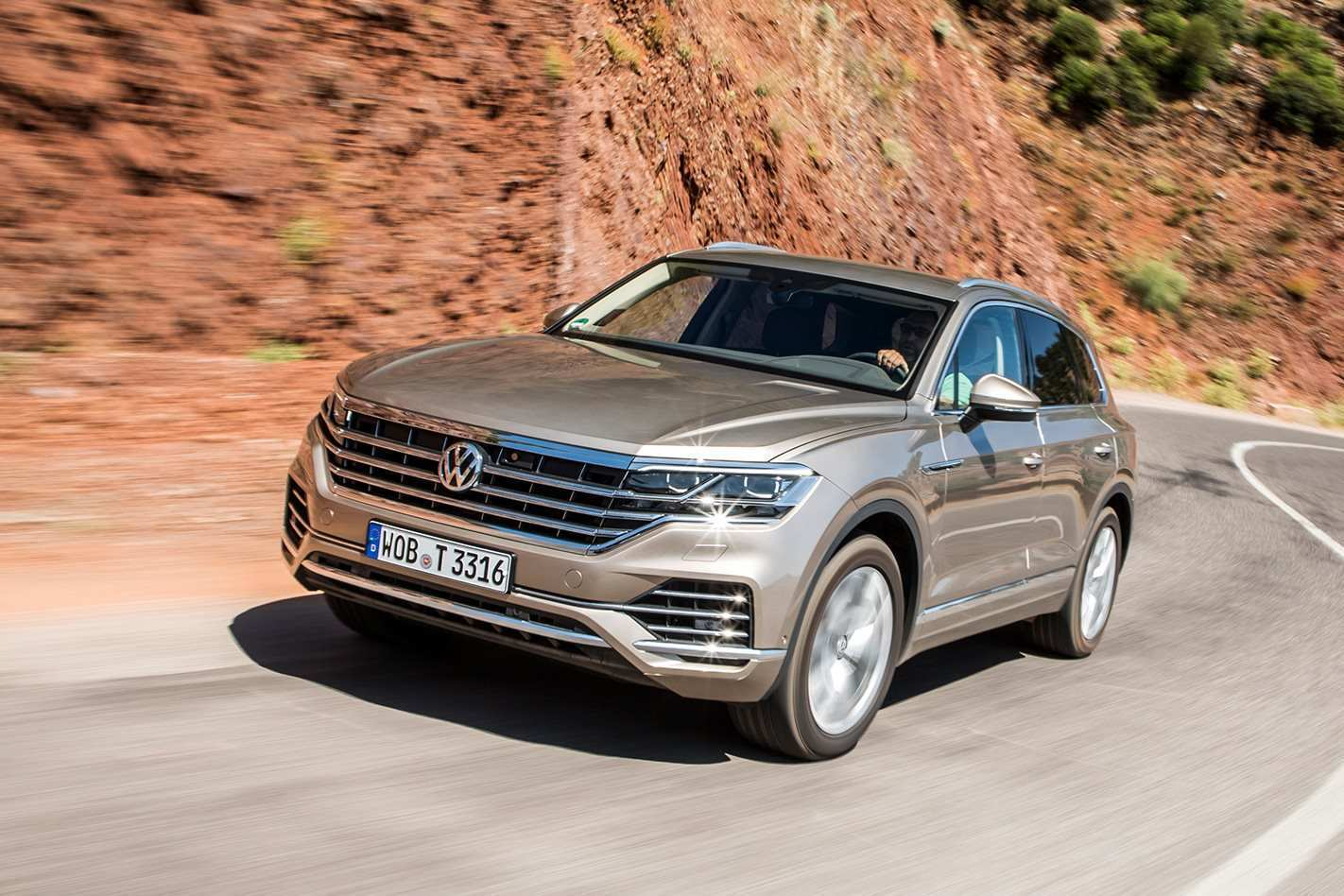 96 Concept of Volkswagen Touareg 2019 Off Road Specs Exterior and Interior by Volkswagen Touareg 2019 Off Road Specs