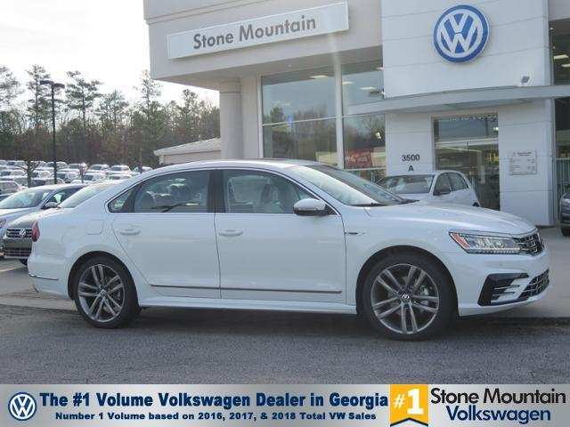 96 Gallery of The 2019 Volkswagen Jetta 1 4T R Line Exterior And Interior Review Specs and Review by The 2019 Volkswagen Jetta 1 4T R Line Exterior And Interior Review